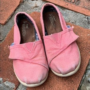 Pink Tiny Toms Size 9
